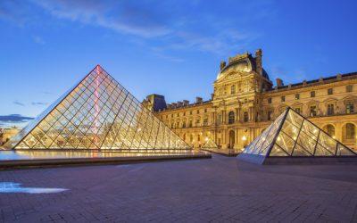 Algunas curiosidades de La Piramide del Louvre